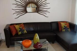 Sitting Area - Apartment
