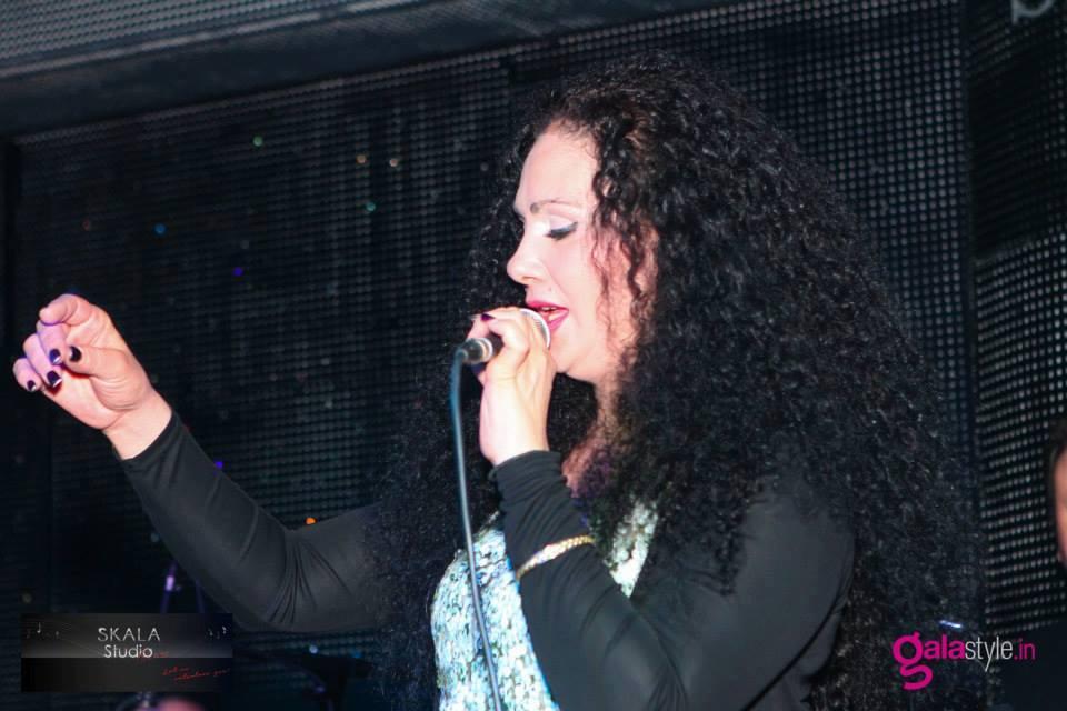 Live music at ladokolla by Dalida Mitzi
