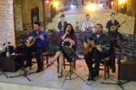 Live music at the To Steki tis pareas