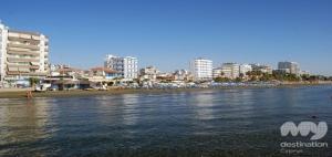 Foinikoudes, Larnaka