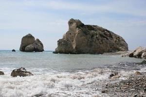 Paphos Petra tou Romiou photo by cypruspictures.ne
