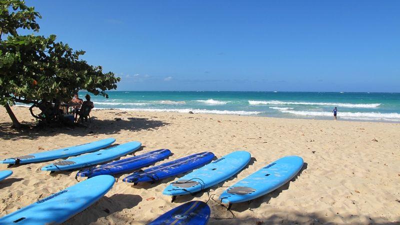 Dressel Surf Adventure, Playa Macao
