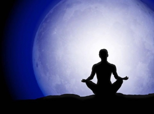 Full Moon Yoga (from Fear to Love)