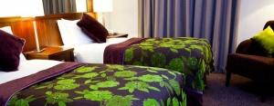 Camden Court Hotel - Bedroom