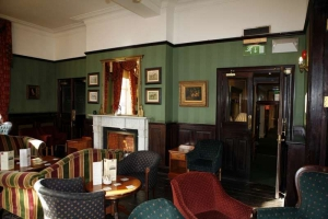 The Central Hotel - Library Bar