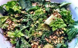 Cracked Nut - Superfood Salad