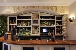 Temple Bar Hotel - Whiskey Corner (bar area)