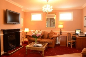 Uppercross House Hotel - Guest Lounge