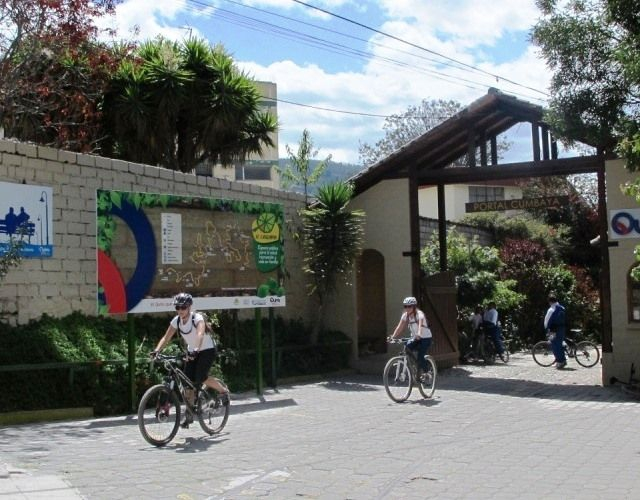 Chaquiñán Route, Cumbayá, Quito