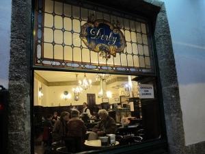 Café Bar El Derby, Santiago