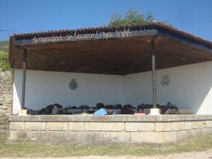Pilgrims Shelter, Oia
