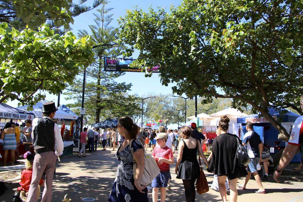 Broadbeach Arts & Crafts Markets at Kurrawa Park