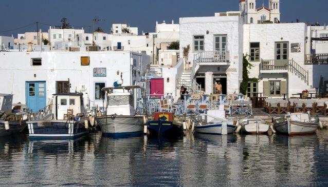 Explore the routes of Paros