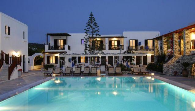 Contaratos Bay Hotel