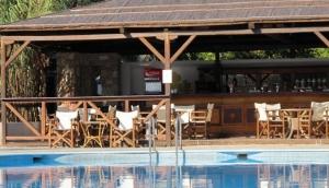 Marpunta Pool Bar