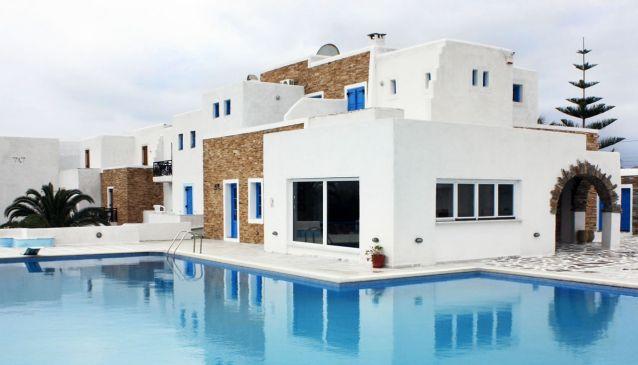 Naxos Holidays Bungalows Apartments