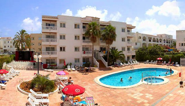 Playa Grande Apartments