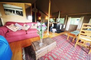 Tom's Eco Lodge