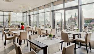 Percheron Restaurant - Cafe Oranzeria