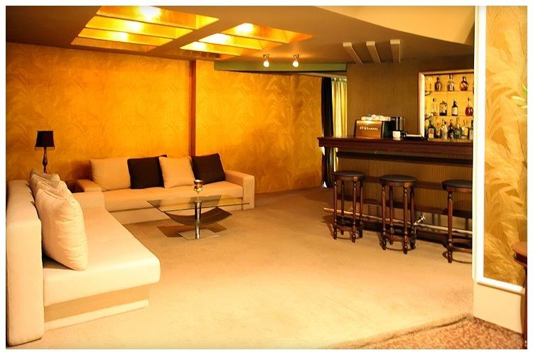 Lounge Room VIP Restaurant