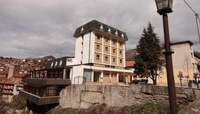 Kratis Hotel
