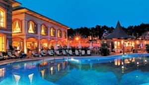 Vanity Hotel Suite