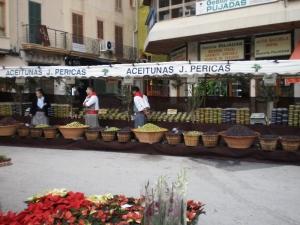 Inca olive stall