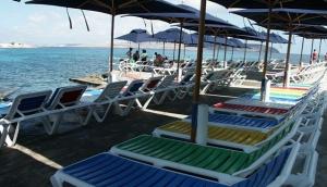 Ray's Lido Beach Club