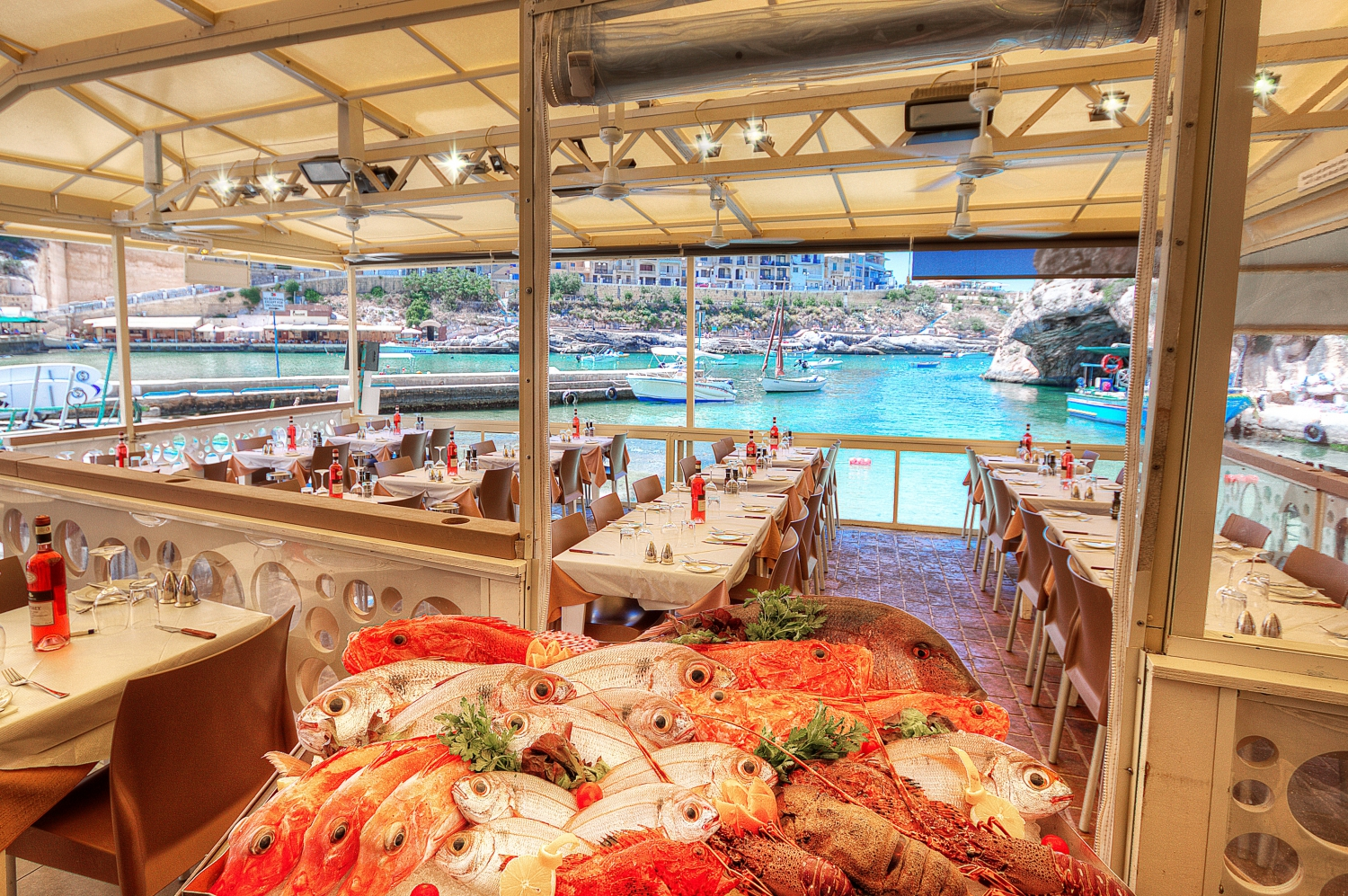 The boat house restaurant in malta my guide malta for Home restaurant