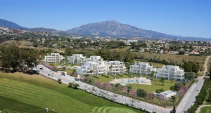 2 Bed Apartment for sale in Estepona - €267,000