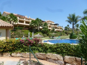 2 Bed Apartment for sale in Marbella - €350,000