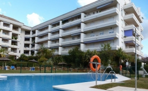 2 Bed Apartment for sale in Marbella - €275,000