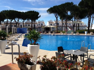 2 Bed Apartment for sale in Marbella - €157,500