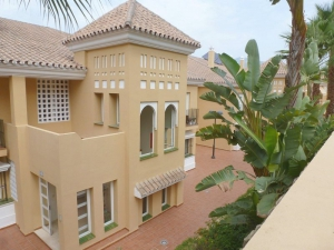2 Bed Apartment for sale in San Pedro Alcantara - €245,000