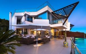 2 Bed Villa for sale in Marbella - €950,000