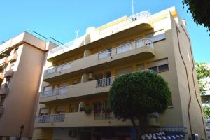 2 Bed Villa for sale in Marbella - €440,000
