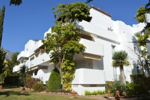 3 Bed Apartment for sale in Marbella - €265,000