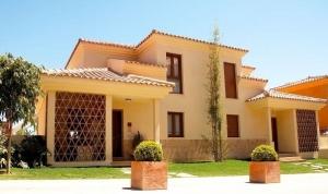3 Bed Villa for sale in Benalmadena - €515,000