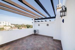 3 Bed Villa for sale in Marbella - €299,000