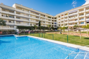 4 Bed Apartment for sale in Marbella - €799,000