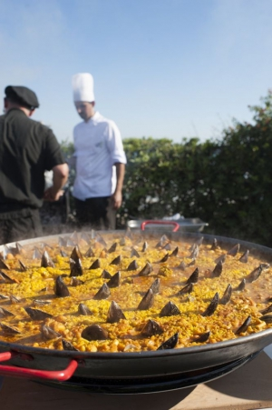 Giant Paellas by private chefs in marbella