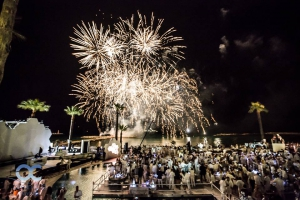 Ocean Club White and Silver Opening Party 2017