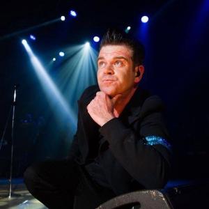 Ollie Hughes as Robbie Williams!