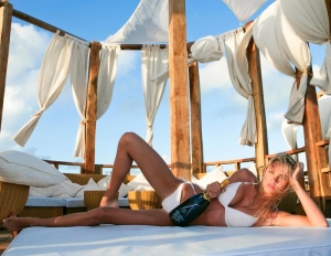 Nikki style in Marbella