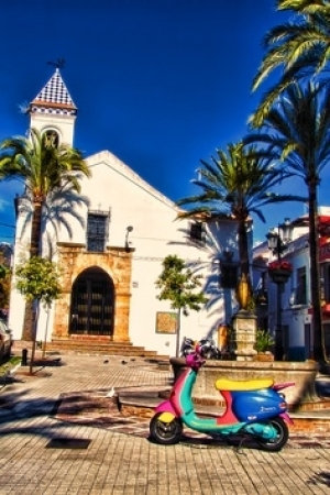 The colourful streets of Marbella