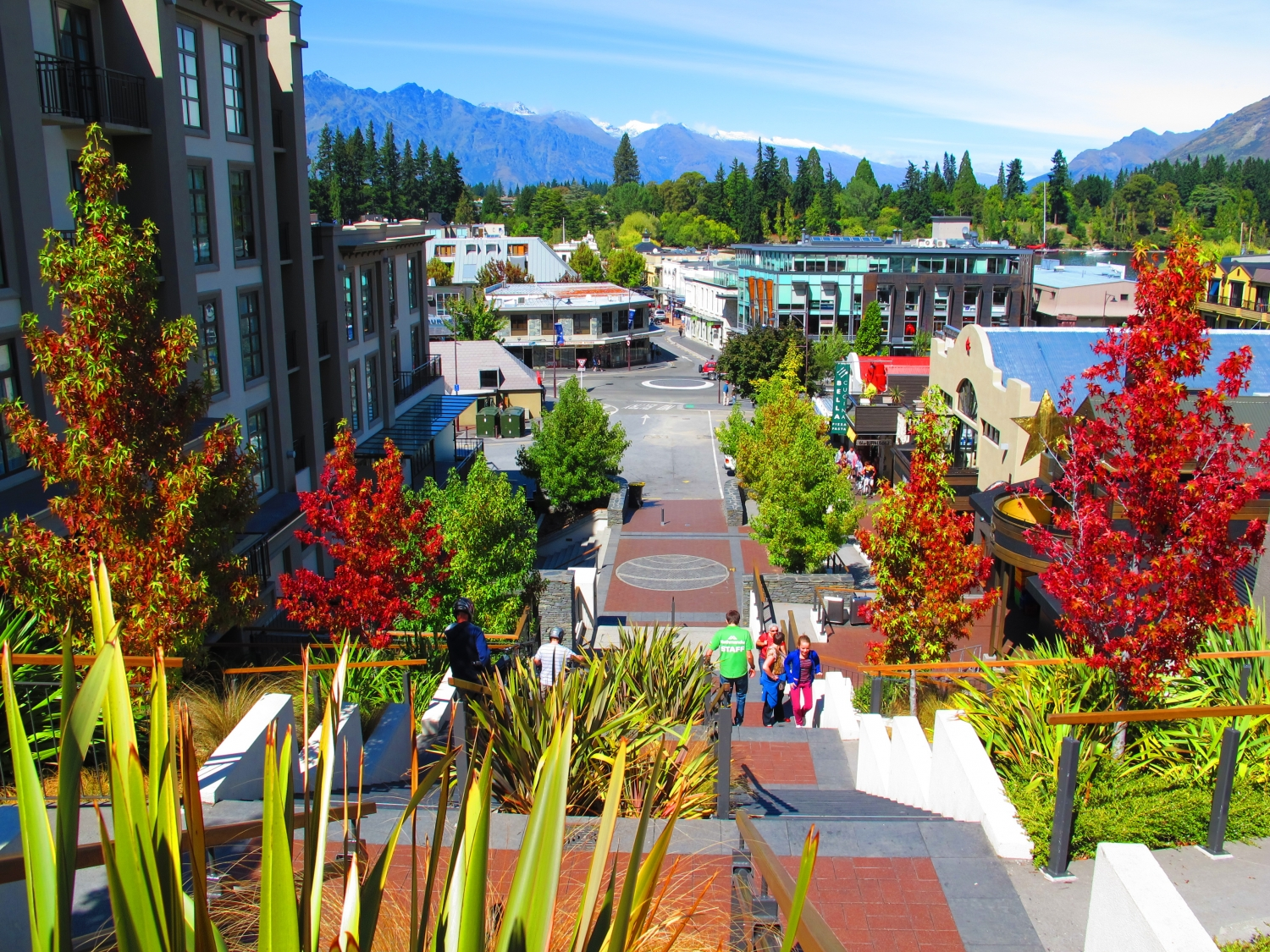Queenstown Accommodation Guide