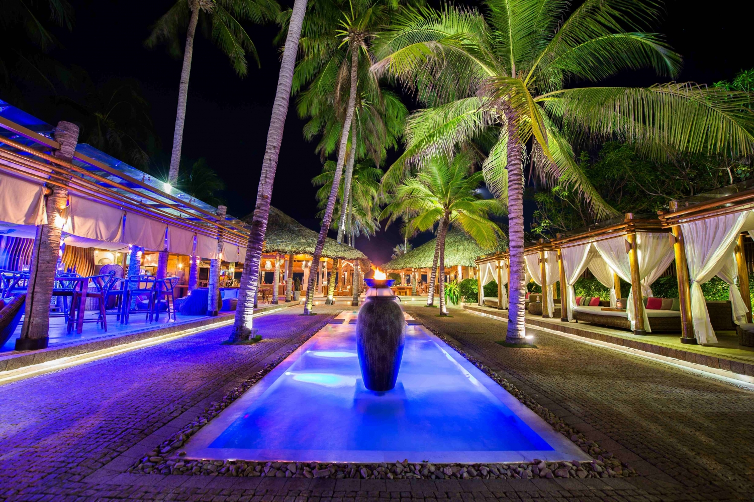 Nha Trang has plenty of watering holes to match all interests andexpectations