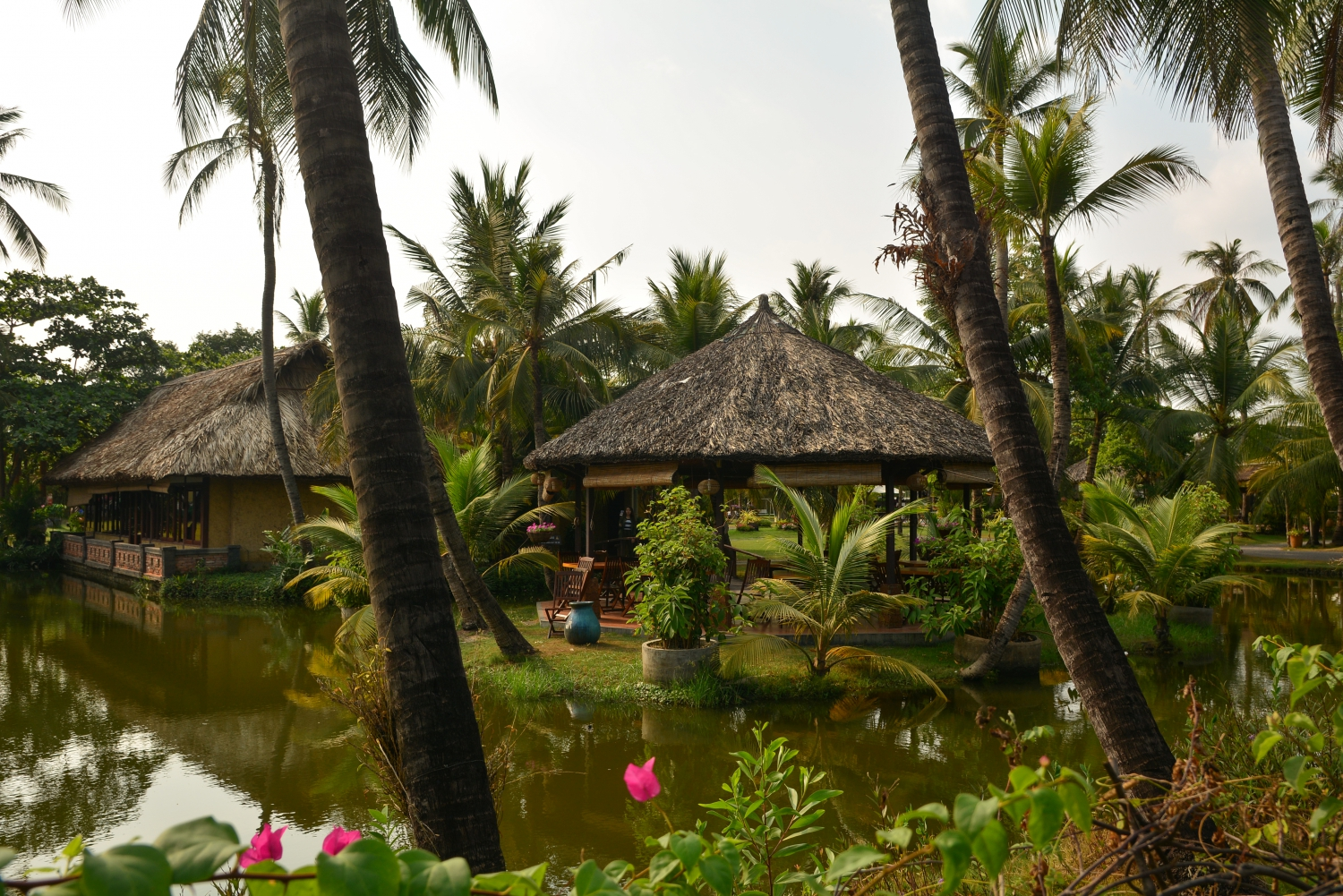 Thanh Da' tourist villages are a bit better known to the older generation