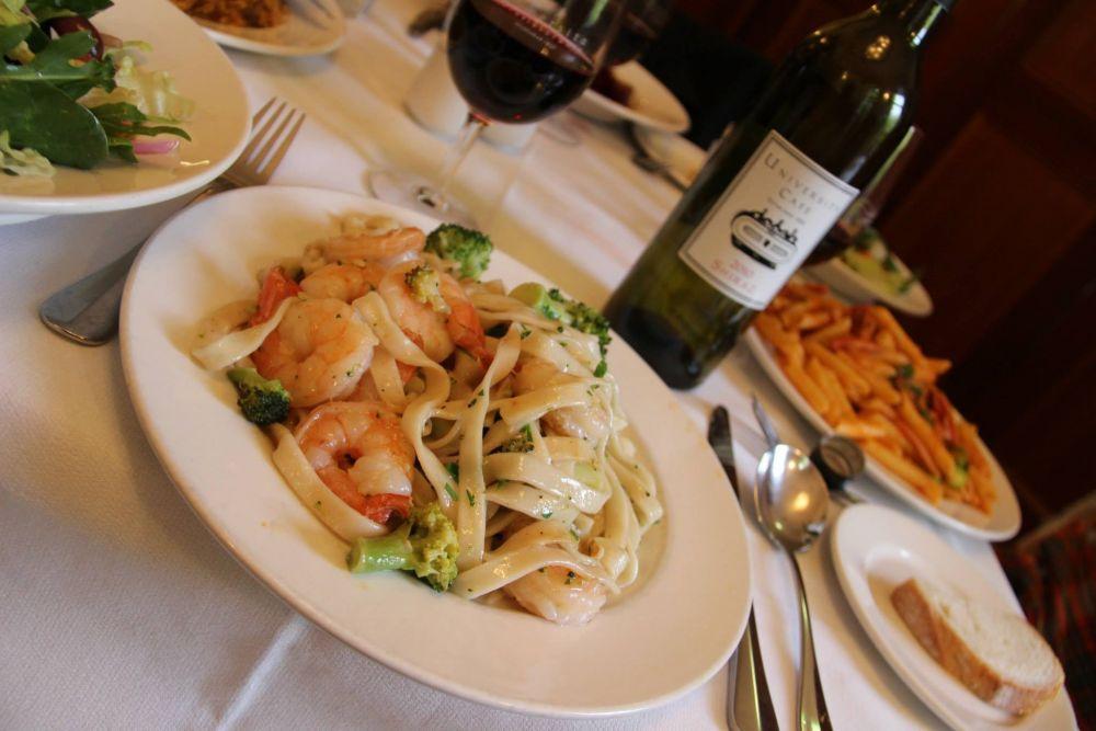 Italian food on Lygon Street - University Cafe