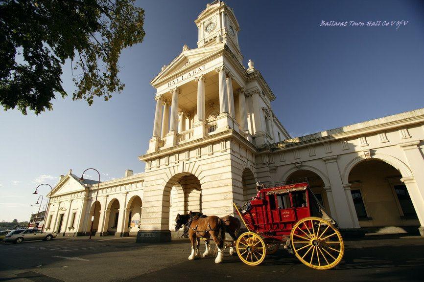 Ballarat Town Hall, Robert Blackburn photo
